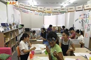英語塾 ABC 大阪校−2(中津教室)のHP