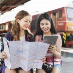 国際交流をしている日本人女性